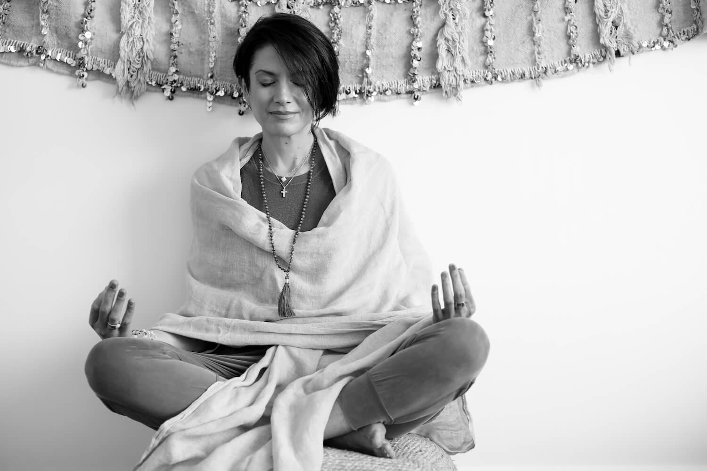 Beginner Yoga Classes Near Me Sydney Online Niso Fitness and Nutrition Sofija Vracar 3